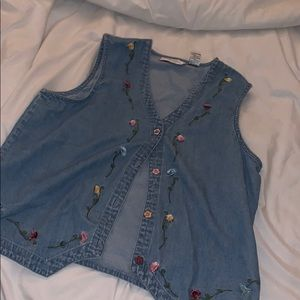 Denim vest with embroidered flowers